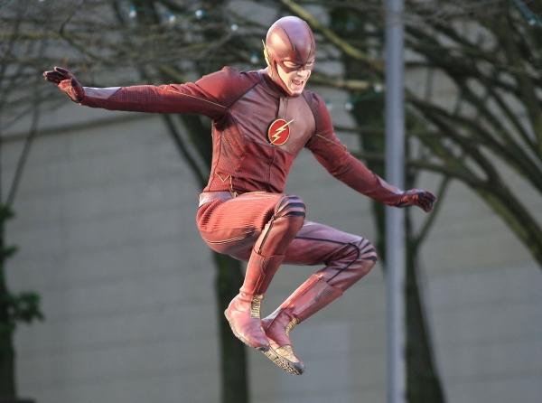 Flash kostuum in actie #4