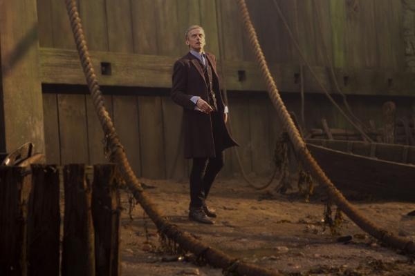 Doctor Who S08E01 Foto #4