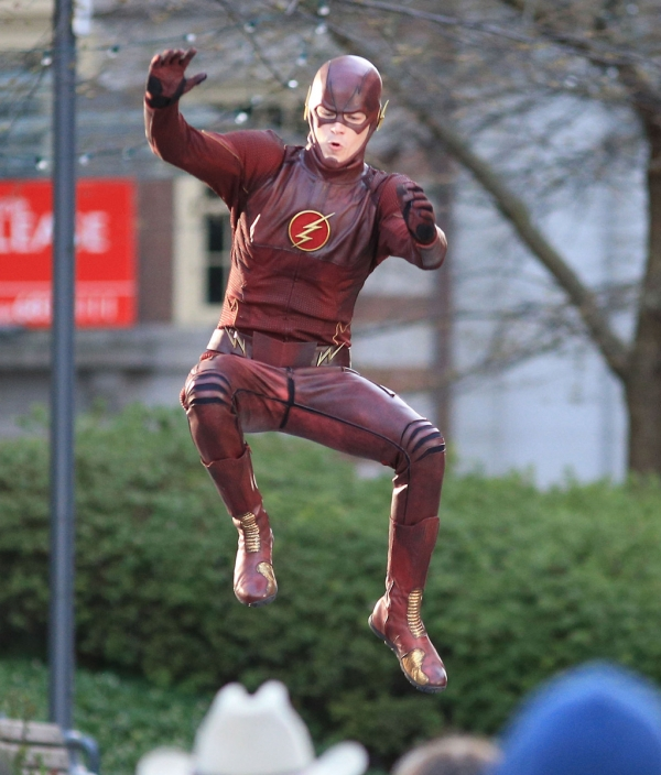 Flash kostuum in actie #3