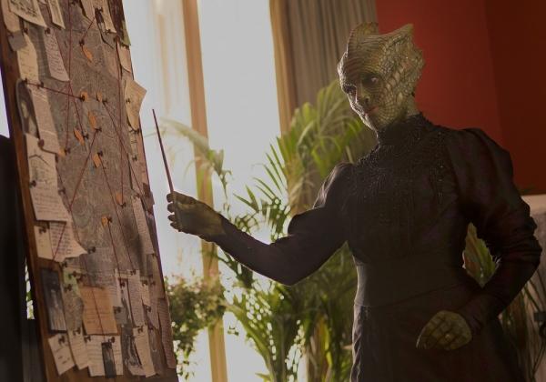 Doctor Who S08E01 Foto #5