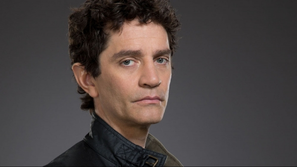 James Frain in 'Gotham' seizoen 2