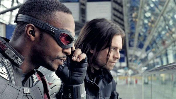 Opvallende foto 'Falcon and the Winter Soldier'