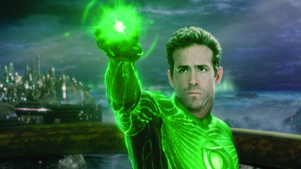 Bekijk hier de Green Lantern in 'Arrow'!